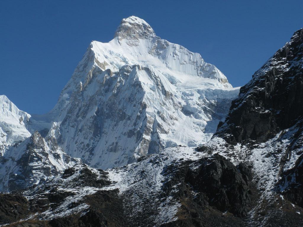 Mt-Janu-Himal-(Kumvakarna
