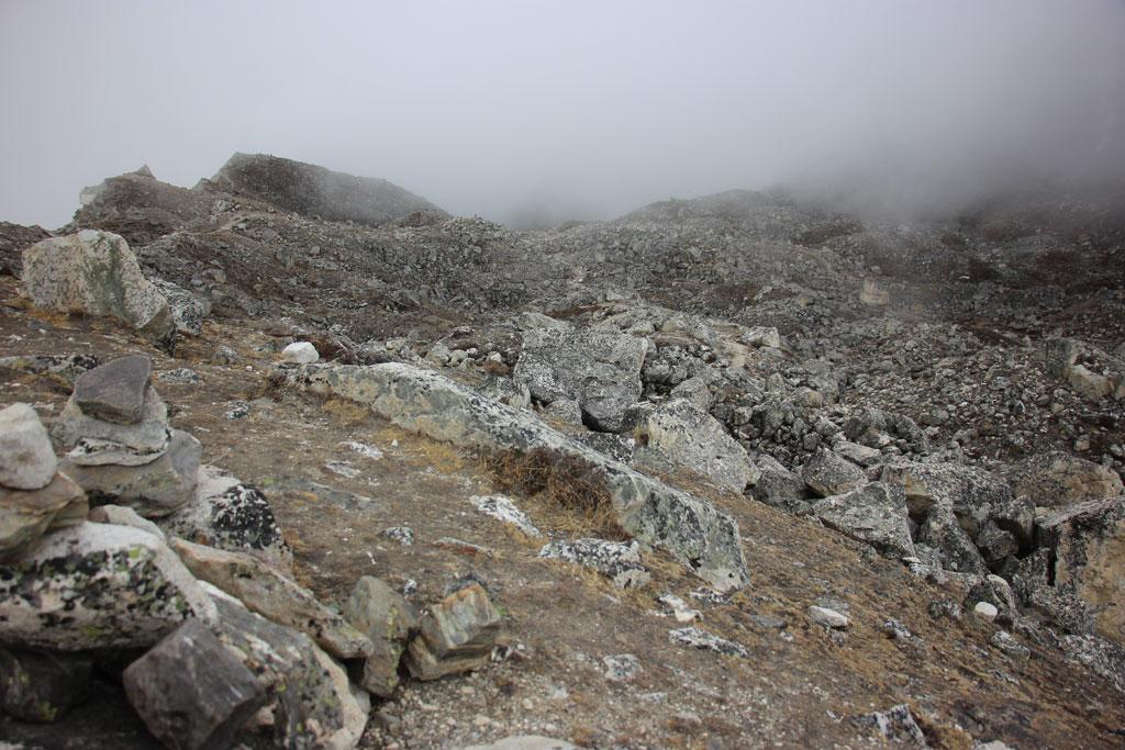 """Way-to-Lobuche-peak"