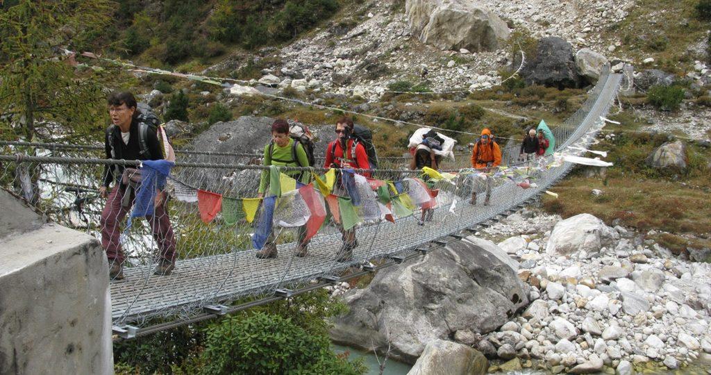 Mountain view with Budget trek Nepal