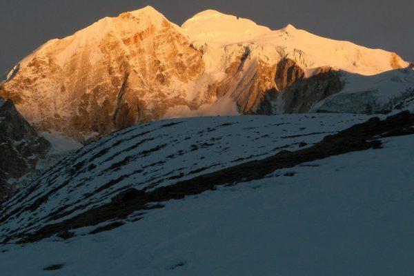Larke peak climbing with Manasulu Circuit trek