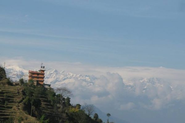 Day hiking in Nepal with Mountain View