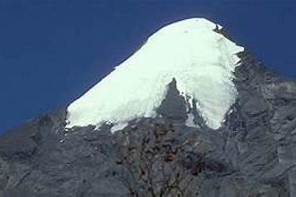 4 Days Pisang peak climbing