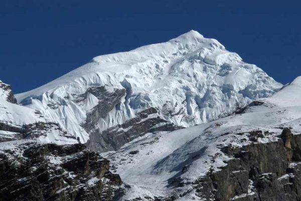 ChuluWest peak climbing