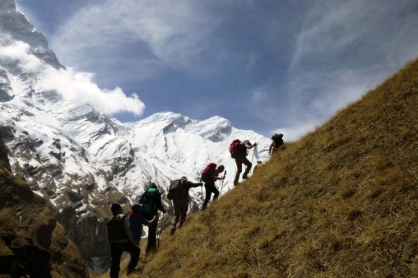 Annapurna three pass trekking